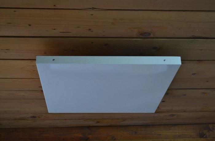 Panou radiant pentru celulele de tavan fals